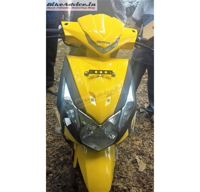 2017-honda-India-scooter-Dio-Pic-front-yellow