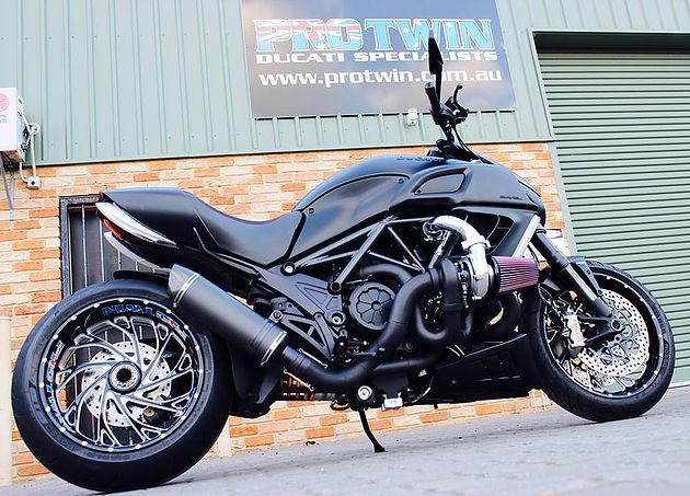 Ducati_Diavel_Turbo_Pro_Twin