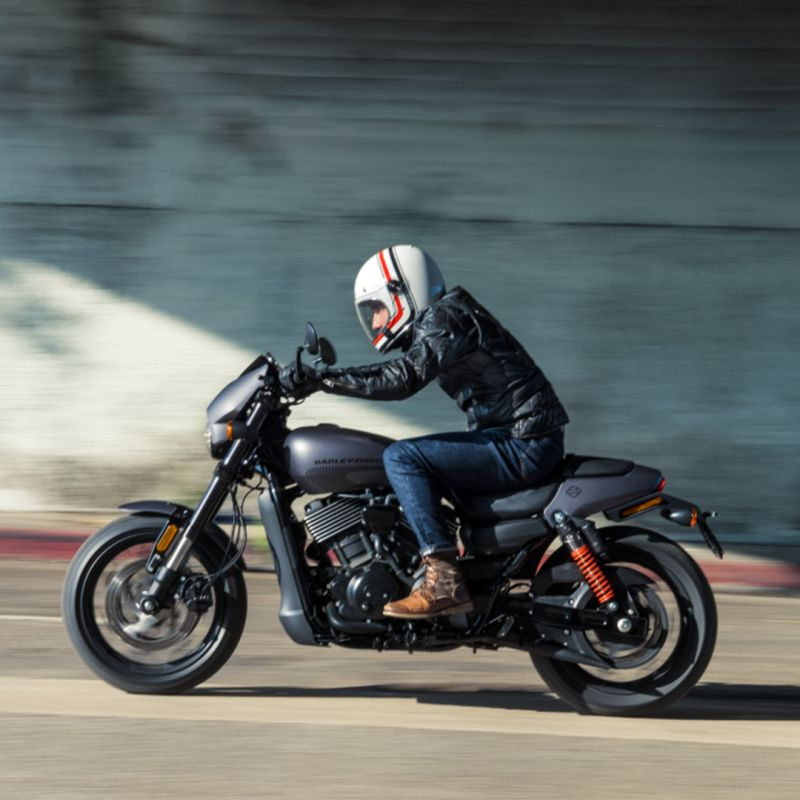 The 2017 Harley-Davidson Street Rod to be launched soon Web 1