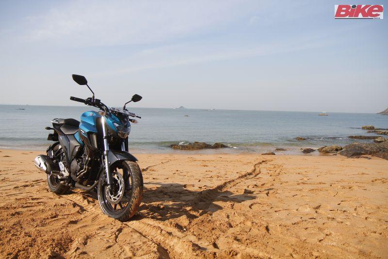 Yamaha-FZ25-250cc-First-ride-review-bike-india-M3
