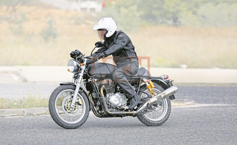 new-royal-enfield-twin-cylinder-gt-750cc-Bike-India-M1