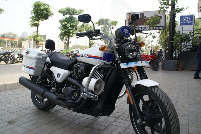 new, bike, india, harley-davidson, street 750, kolkata, police, escort, news