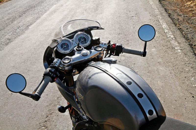Triumph Thruxton R web 3