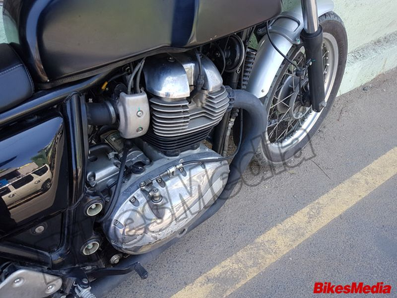 royal-enfield-continental-gt-750-spied-engine Web