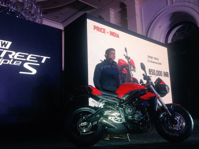 Triumph India Managing Director - Vimal Sumbly with 2017 Street Triple
