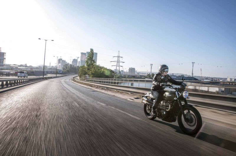 new, bike, india, motorcycle, triumph, street scrambler, launch, launched, news, latest, price, features