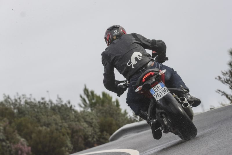 Ducati-SuperSport-S-First-Ride-Review-Bike-India-M3