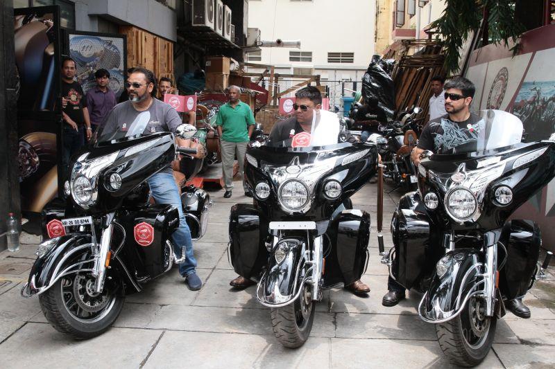 Indian Motorcycle flags off Kashmir to Kanyakumari (K2K Fundraiser) Ride (3) Web