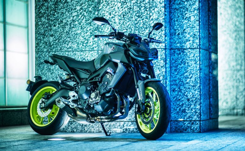 2018-Yamaha-MT-09-Launched-in-India-Price-Specs-M1