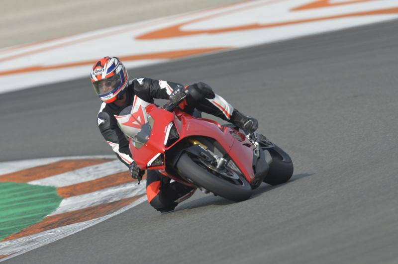 Ducati Panigale V4 web 1