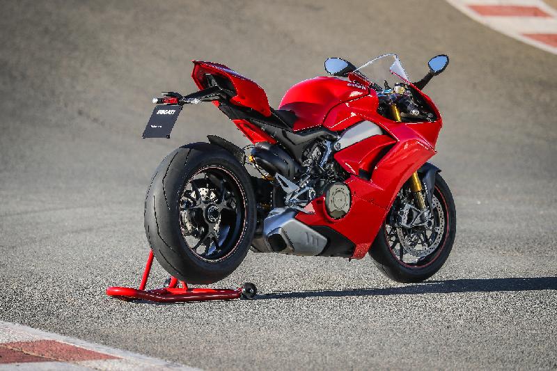 Ducati Panigale V4 web 7