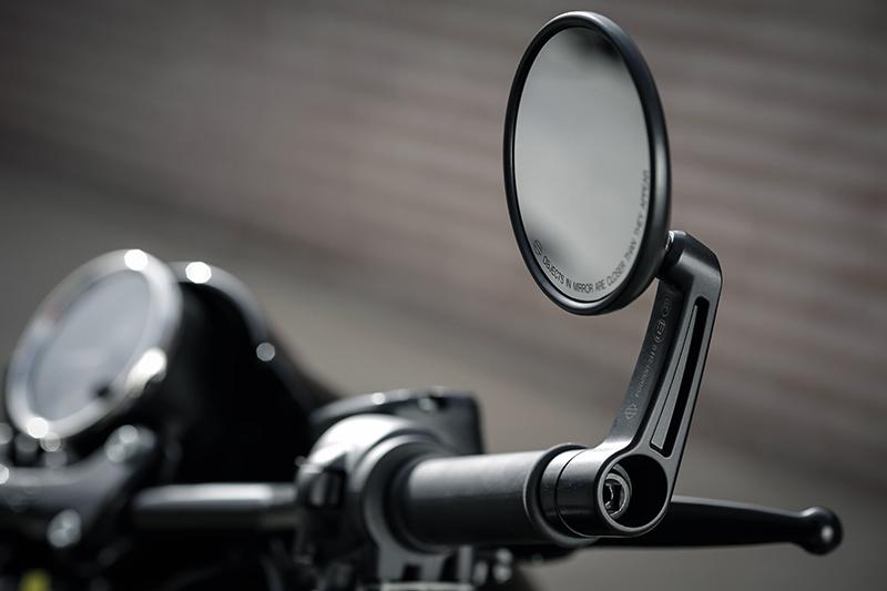 Harley-Davidson_Street_Rod_8_WEB