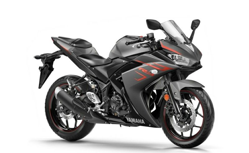 2018-auto-expo-yamaha-r3-launched-India-M1
