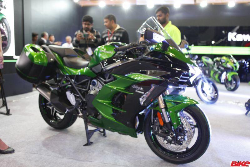 new, bike, india, aprilia, emflux, hero, honda, yamaha, um, tvs, kawasaki, suzuki, twenty-two motors, features, unveils, launches, price, details, news, latest