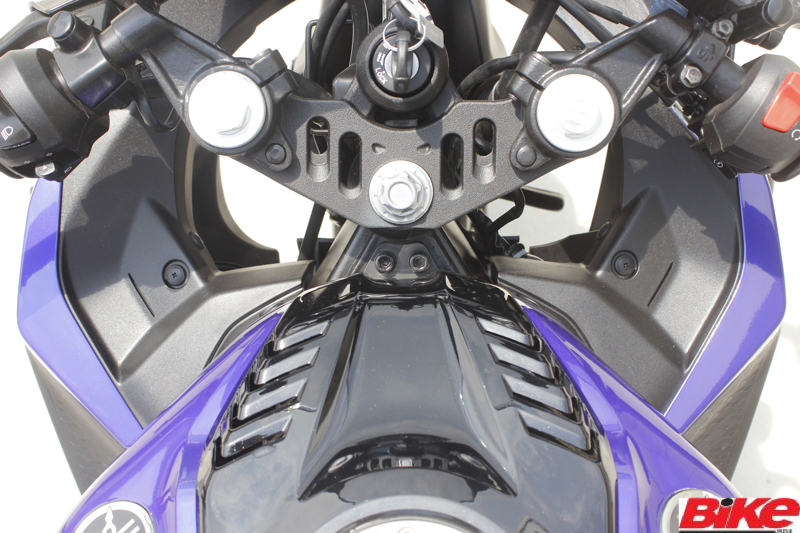 new, bike, india, yamaha, yzf-r15, version 3.0, motorcycle, racing, design, styling, engine, chassis, performance, details, price, news, latest