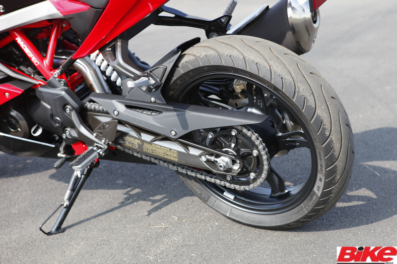 new, bike, india, tvs, rr 310, apache, racing, sports, racetrack, red, tvs racing, first ride, review, news, latest, chennai, mmrt, mmsc