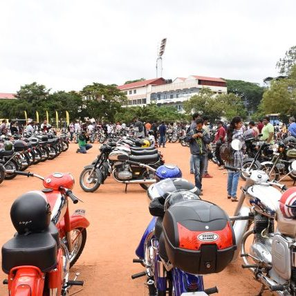 International Jawa Day celebrated in India by Bangalore Jawa Yezdi Motorcycle Club (BJYMC) for Jawa and Yezdi owners across India. Details here.