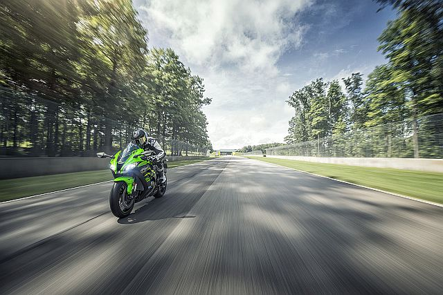 Kawasaki ZX10R Assembled In India Booked Out