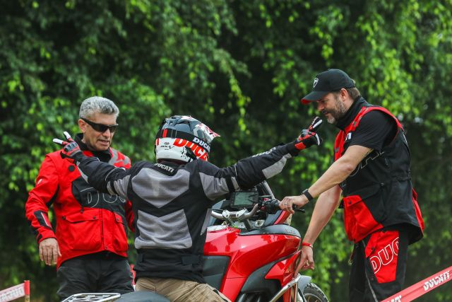 Vijay Parmar and Sergi Canovas at the first DRE off road event in India