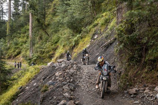 Royal Enfield Unroad Himachal - Negotiating a tough section as we head towards Jibhi, Himachal Pradesh, India