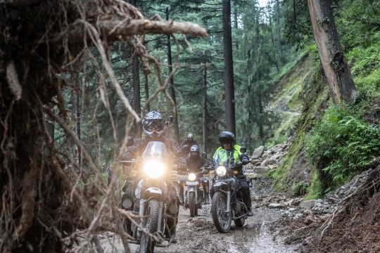 Royal Enfield Unroad Himachal - The aftermaths of small landslides did not stop us
