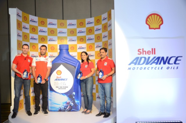 Shhell Advance 10W-30 Engine oil