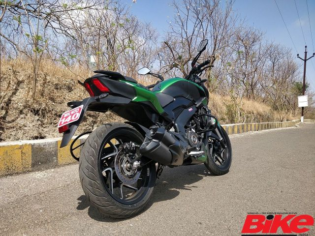 The new Bajaj Dominar 400 packs quite a punch with an array of new features