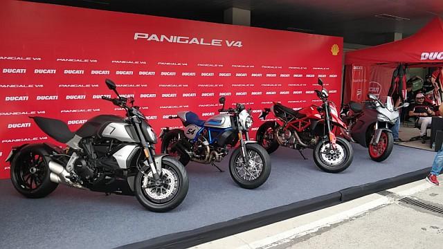 Ducati Lineup WEB