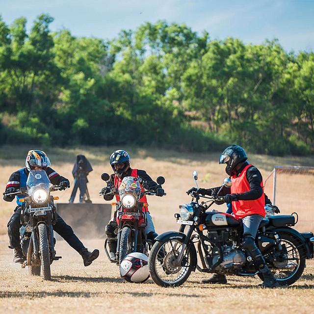 Rider Mania - Football on Bikes