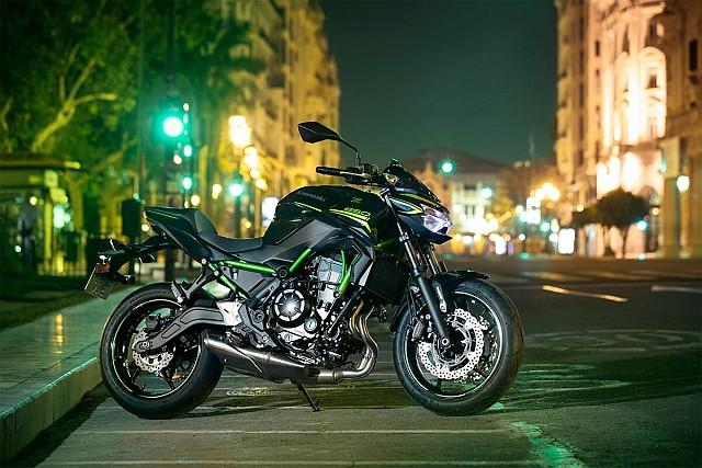 Kawasaki Z650 image 1 WEB