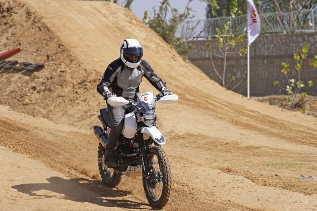 Hero Xtreme 200 Rally Kit quick ride review