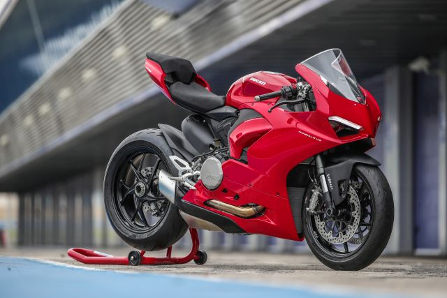 ducati panigale v2 teaser upcoming launch