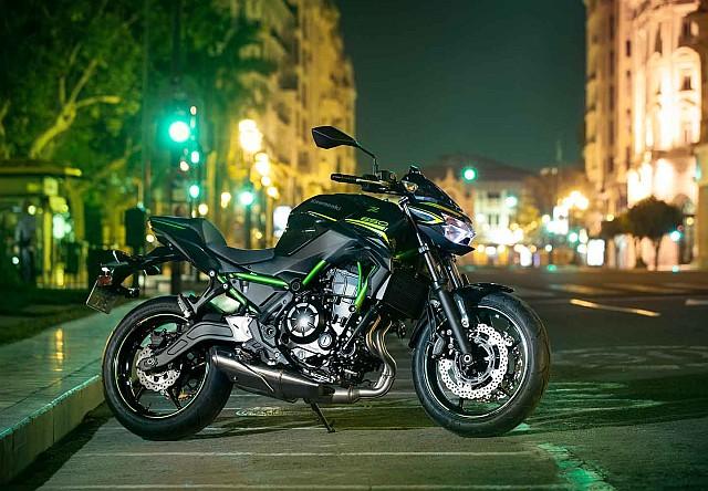 Kawasaki Z650 still WEB