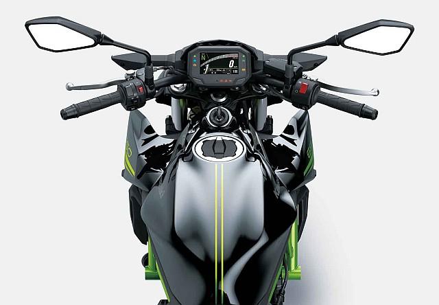 Kawasaki Z650 top WEB