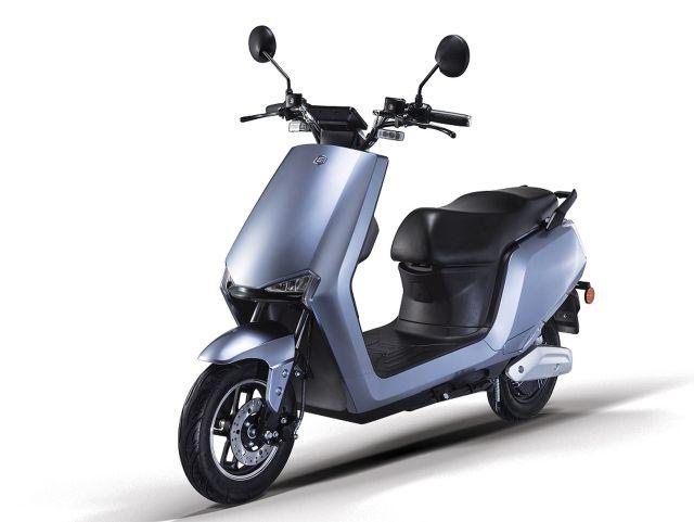 new electric scooter bgauss b8