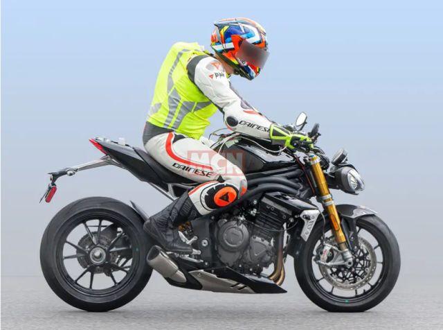 2021 Triumph Speed Triple 1 WEB