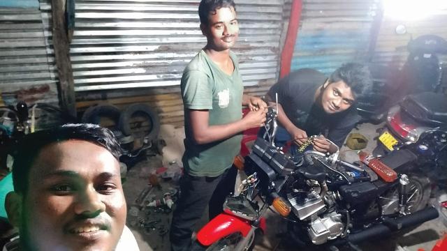 1998 Yamaha RX-Z restoration in Andaman and Nicobar