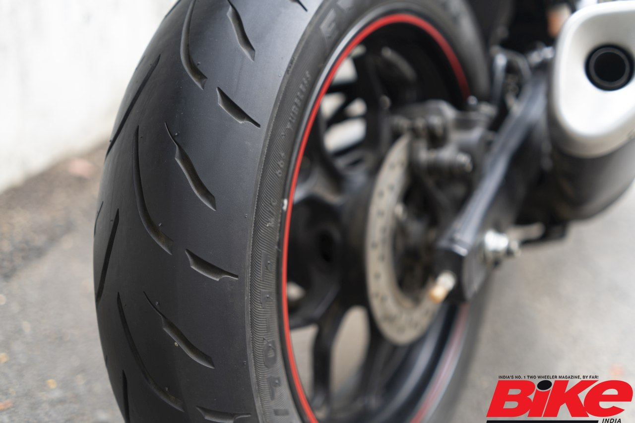 We slap on Maxxis Extramaxx rubber onto our staffer's Yamaha YZF-R3
