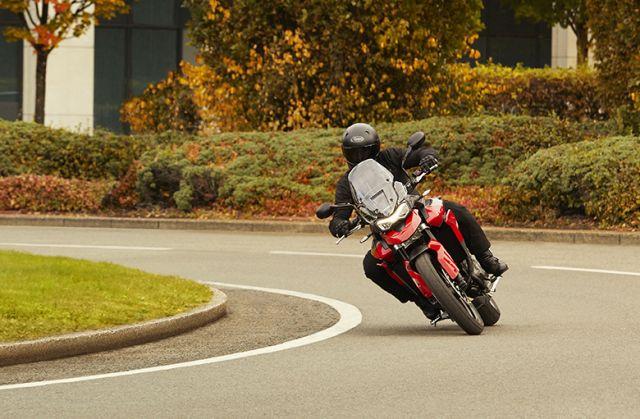 Tiger 850 Sport - Hero Riding 4 WEB