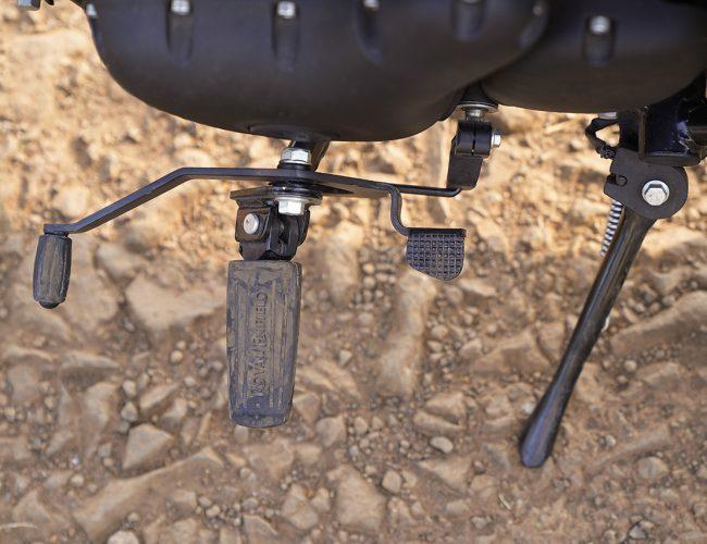 Royal Enfield Meteor 350 gear pedal
