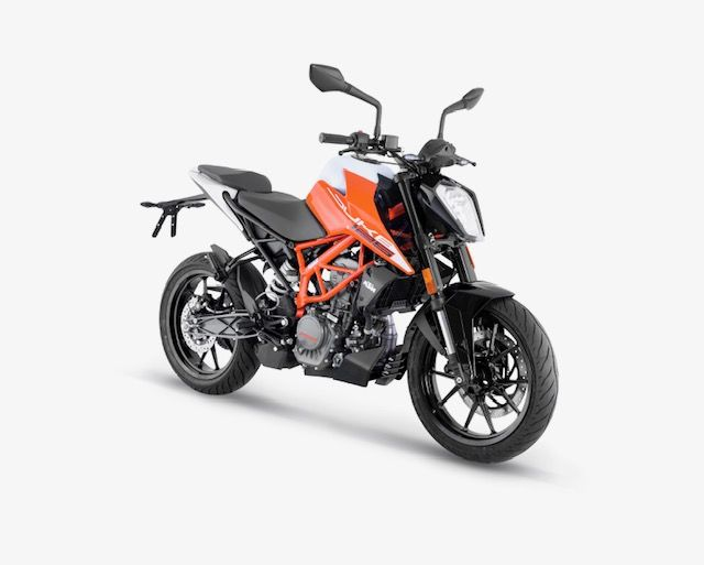 KTM 125 DUKE MY21 - ORANGE (3) WEB