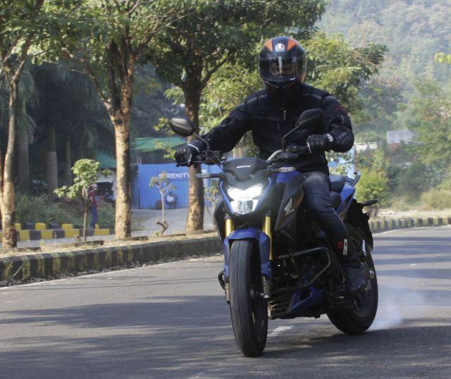 Honda Hornet 2.0 WEB 8