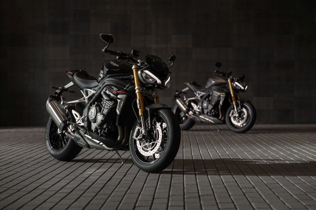 Speed Triple 1200 RS - Accessories Static 1 WEB