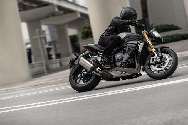 Speed Triple 1200 RS - Hero Riding 19 WEB