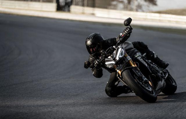 Speed Triple 1200 RS - Hero Riding 5 WEB