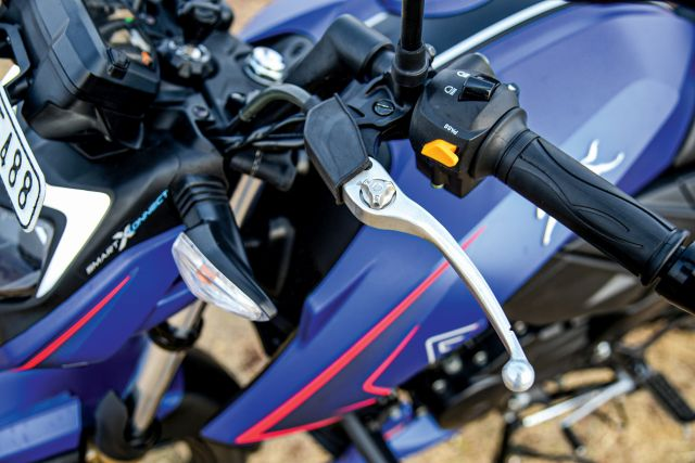 TVS Apache RTR 200 4V with Ride Modes 5 WEB