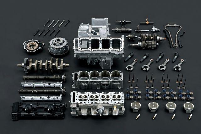 hayabusa-my21-disassembled-parts-3 WEB