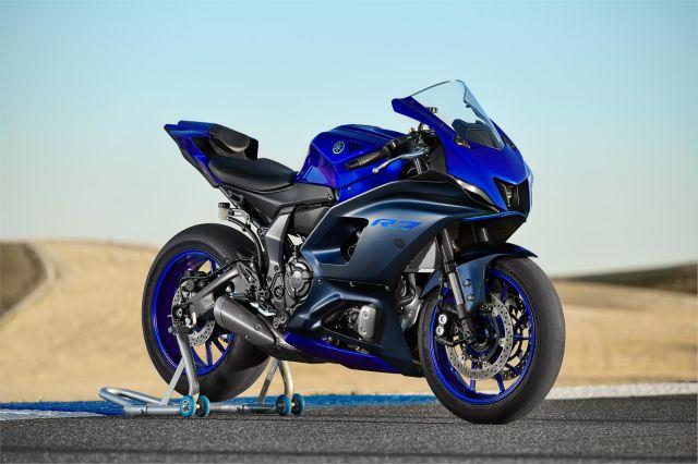 Yamaha R7 5 WEB