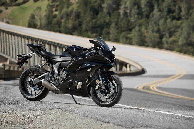 Yamaha R7 6 WEB