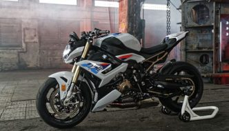 BMW S 1000 R Launched in India